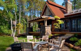 Custom Home Exterior Backyard